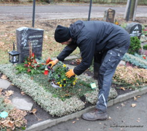 Friedhof Holzhausen Grabpflege